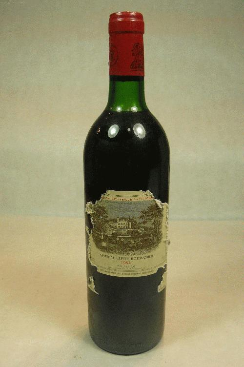 1982 Lafite-Rothschild  Bordeaux BlendWA:97ST:95WS:94