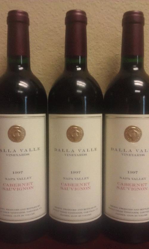 1997 Dalla Valle Cabernet Sauvignon Napa *** Dutch lot of 3 *** RP 93 *** $1 start and no reserve for a great drinker *** See my other Dalla lot ************