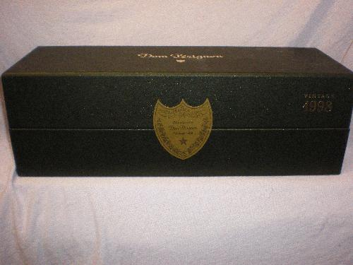 1998 Moet Chandon Dom Perignon  SEALED GIFT BOX
