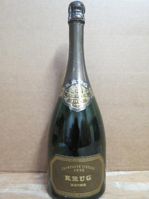 1982 Krug Champagne *** PARKER 96 POINTS *** VERY RARE - 2nd time on Commune in 3 years!!! *** See my other lots*******