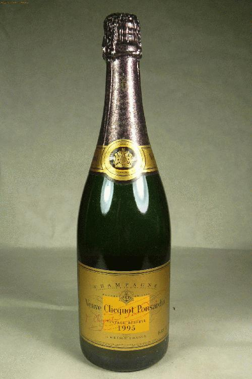 1995 Veuve Clicquot Gold Label Reserve Champagne Blend